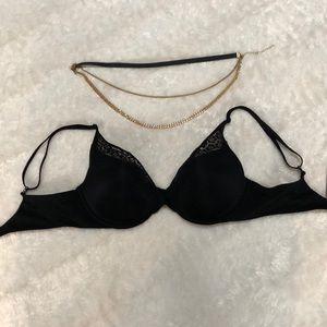 Victoria's Secret NWT Black Bra🖤✨🖤